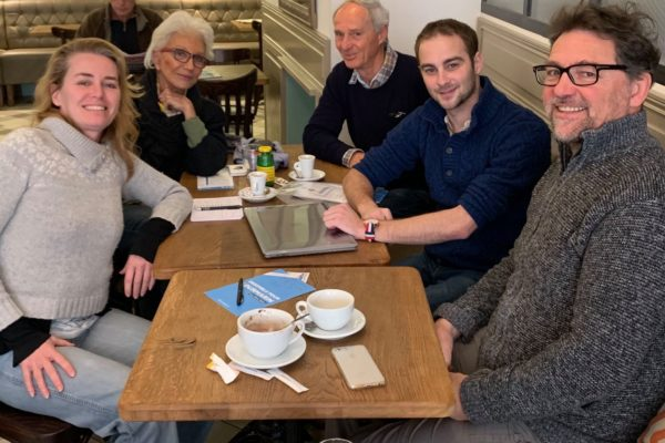 Partageons un café - tournée des cafés de Lourmarin tous les jours de la semaine de 8h30 à 10h30 - Olivier Vollaire